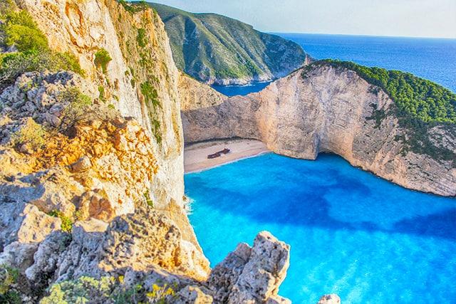 Пясъчен плаж в Гърция