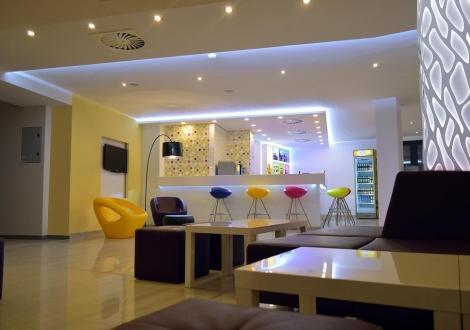 Пролетна All Inclusive почивка в Златни пясъци в хотел Арена Мар 4* на цени от 55лв. на човек + ползване на закрит отопляем басейн, парна баня и сауна!!!