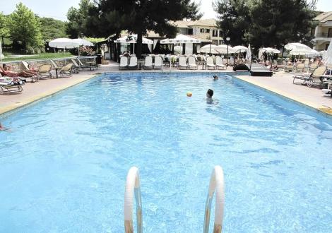 Lesse Hotel Chanioti
