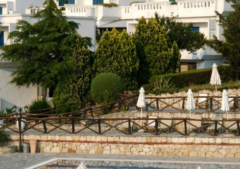 РАННИ ЗАПИСВАНИЯ ЗА ЛЯТНА ПОЧИВКА НА ХАЛКИДИКИ - ХОТЕЛ Agionissi Resort 4*! 25% НАМАЛЕНИЕ ЗА РЕЗЕРВАЦИИ СЕГА!