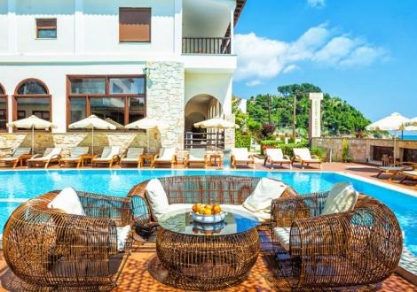 Лято в Гърция през 2017 - Хотел Possidi Paradise 4*! Нощувка със закуска и вечеря на Халкидики!