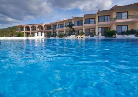 Почивка в Toroni Blue Sea, Халкидики - Ситония, на цена от 41.90 лв.