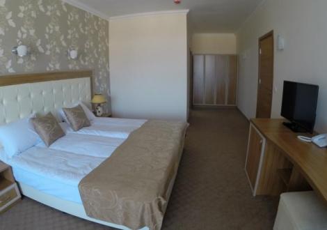 Спа в най-новият Хотел Парадайс, Огняново ! Почивка на база нощувка със закуска и вечеря + ползване на вътрешен басейн и уникален спа център!