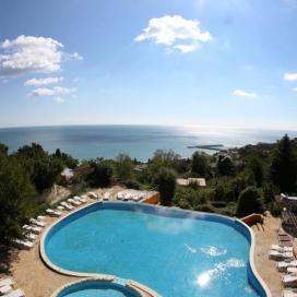 All inclusive почивка на невероятни цени в хотел Бона Вита Златни Пясъци + чадър и шезлонг на плажа и басейна!!!