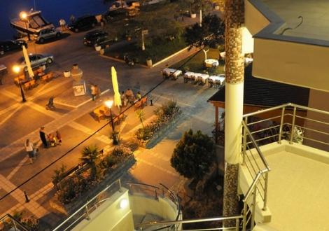 Почивка в Imperial Hotel - Nea Skioni, Халкидики - Касандра, на цена от 42.40 лв.