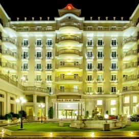 НОВА ГОДИНА В СОЛУН - 5* GRAND HOTEL PALACE! 2 ИЛИ 3 ДНЕВНИ ПАКЕТИ НА ЧОВЕК СЪС ЗАКУСКИ + ПРАЗНИЧНА ГАЛА ВЕЧЕРЯ И ВЪТРЕШЕН БАСЕЙН!
