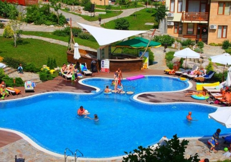 Хотелски комплекс Райска градина