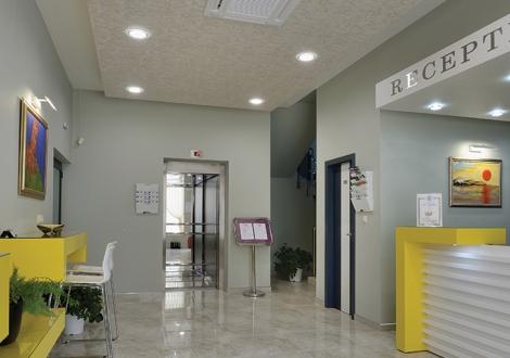 Хотел Хелоу Хисар
