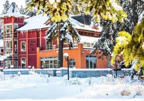 Почивка в идеалният център на Боровец - бутиков хотел Сокол***! Нощувка със закуска и вечеря в двойна стая на цени от 51лв. на човек!!!