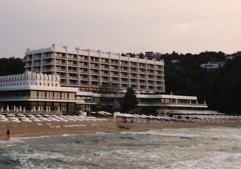Хотел Палас Слънчев ден