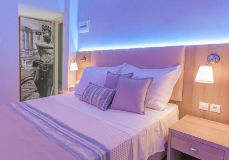 12 Olympian Gods Hotel