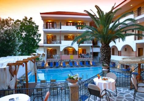 Почивка в Calypso Hotel, Халкидики - Касандра, на цена от 29.20 лв.