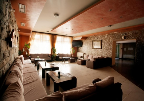 пакет Здраве и Живот от Балнео хотел Аура, Велинград ! 3, 4 или 5 нощувки + закуска, обяд, вечеря, лекарски преглед, 3 лечебни процедури на ден, на човек + СПА!