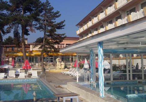 Балнео хотел Аура, Велинград пакет Здраве и Живот! 3, 4 или 5 нощувки + закуска, обяд, вечеря, лекарски преглед, 3 лечебни процедури на ден, на човек + СПА!