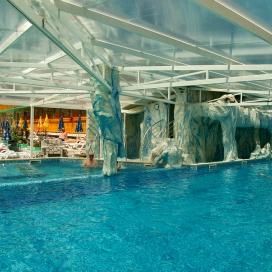 Хотел Аура*** Велинград! Нощувка със закуска и вечеря + два закрити и един открит минерален басейн, джакузи, сауна и парна баня на цени от 49лв. на човек!!!