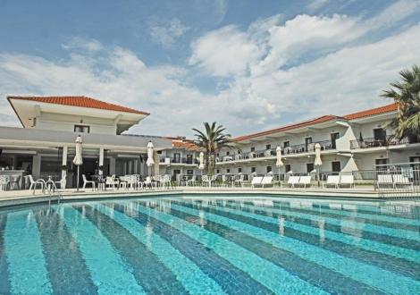 Почивка в Aristotelis Hotel - Fourka, Халкидики - Касандра, на цена от 50.30 лв.