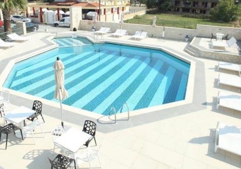 Почивка в Aristotelis Hotel - Fourka, Халкидики - Касандра, на цена от 52.20 лв.