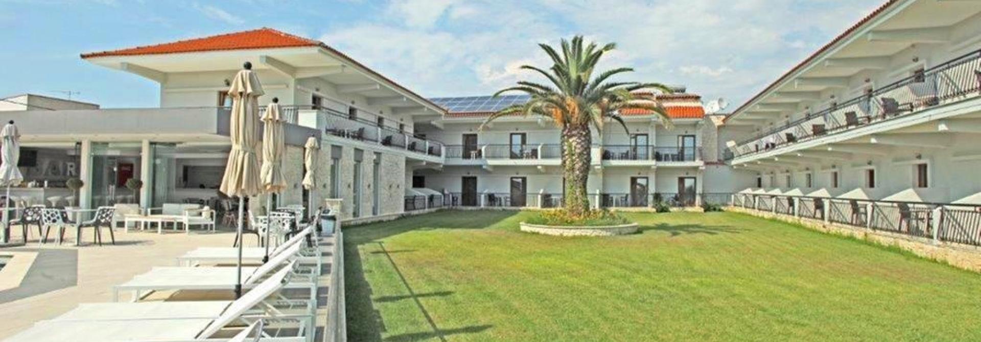 Почивка в Aristotelis Hotel, Халкидики, на цена от 61.80 лв.