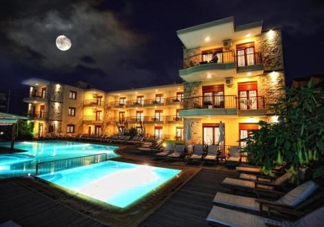 Почивка в HOTEL NEREIDES, Халкидики, на цена от 34.80 лв.