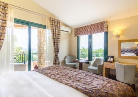 FilosXenia Ismaros Hotel
