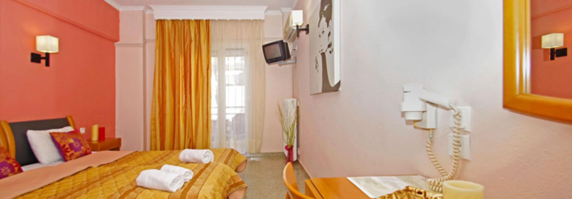 Почивка в Olympus Hotel, Paralia Katerinis, на цена от 42.10 лв.