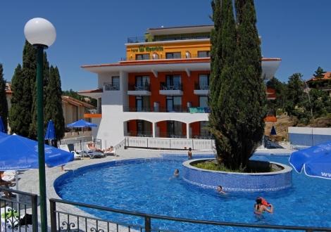 Хотел Кипарисите Слънчев бряг