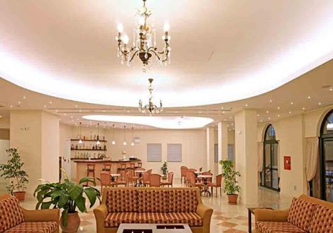 Почивка в Century Resort, о. Корфу, на цена от 36.90 лв.