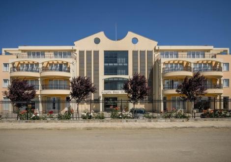 Хотел Арапя Сън Ризорт