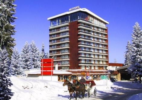 Декември в Пампорово - Гранд хотел Мургавец****! Нощувка със закуска и вечеря + вътрешен басейн, сауна и фитнес с 30% намаление!!!