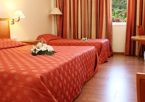 Почивка в Strada Marina Hotel, на цена от 45.50 лв.