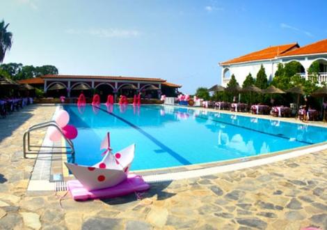 Почивка в Zante Royal Resort, на цена от 70.40 лв.