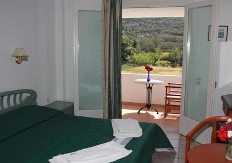 Почивка в Paradise Inn, о. Корфу, на цена от 21.50 лв.