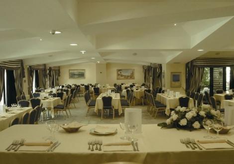 Хотел Marina Club Кампания