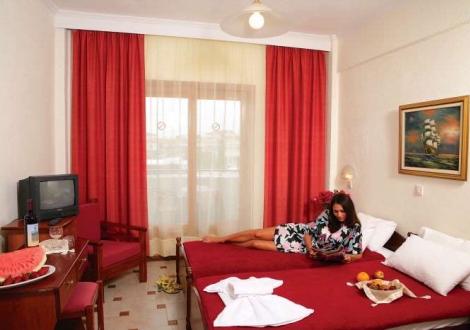 Почивка в Tresor Sousouras ( ex. Hanioti Palace), Халкидики - Касандра, на цена от 56.50 лв.