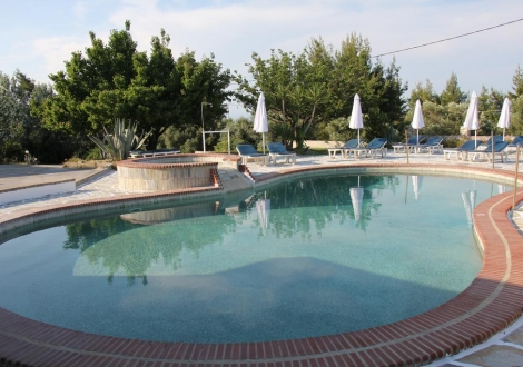 Почивка в Hotel Pashos, Халкидики - Касандра, на цена от 47.50 лв.