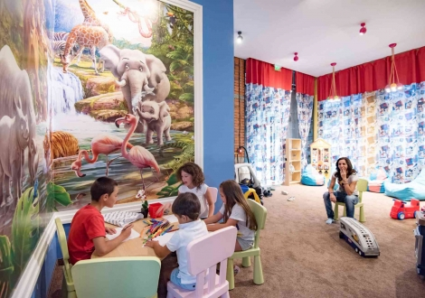 почивка в хотел Персенк***** Девин! ПАКЕТИ със закуска + вътрешен минерален басейн, външен минерален басейн, сауна и парна баня в Термален Аквапарк Персенк + детска занималня!!!