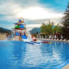 Невероятен Трети Март в петзвездният хотел Персенк Девин! 3 или 4 нощувки със закуски + минерален Аквапарк + вътрешен минерален басейн + БОНУС една СПА процедура + сауна и парна баня!!!