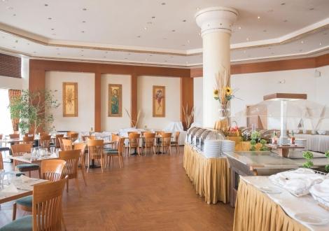Хотел Ramada Plaza Thraki