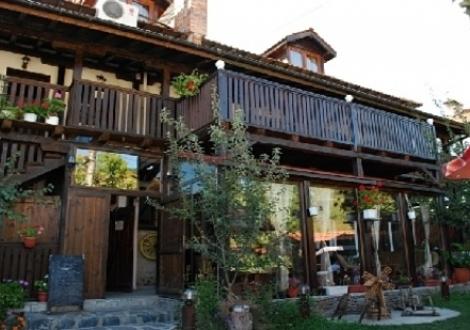 Семеен Хотел Алексова Къща Огняново