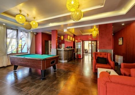 Нова година в хотел Елеганс Спа Огняново! Три или четири нощувки със закуски и празнична новогодишна вечеря + ползване на  басейни и релакс зона!!!