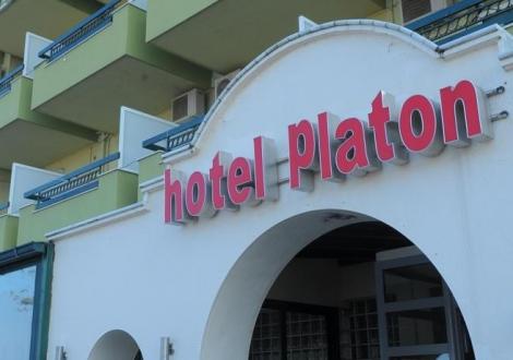 Platon Beach