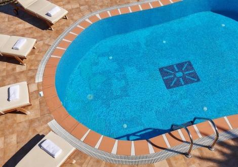 Почивка в Хотел Marni Village, о. Крит, на цена от 31.90 лв.