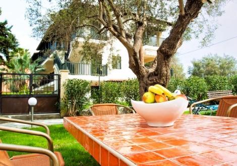 Lemon Garden Villa
