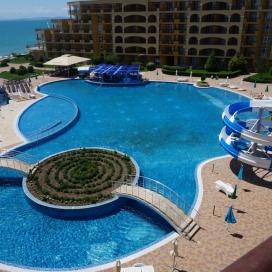 Топ сезон на All Inclusive в Мидия Гранд Ризорт - Ахелой! Уникални басейни с водни пързалки на брега  на морето!