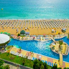 лято на първа линия - хотел Морско Око Гардън ****! Нощувка на база All inclusive + чадър и шезлонг на плажа и басейна + детска анимация!!!