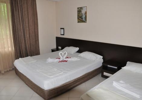 СТРАХОТНА ЦЕНА ЗА СПА ПОЧИВКА В Хотел Делта Огняново! Нощувка със закуска + минерални басейни, сауна, джакузи и парна баня на топ цени!!!