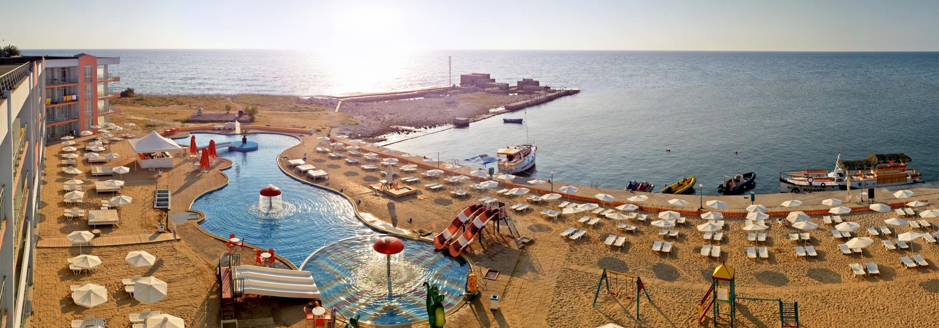 Хотел Долфин Марина Свети Константин и Елена