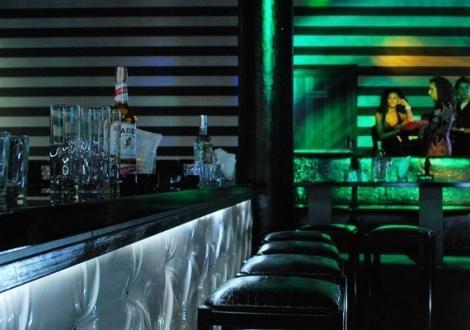СЕПТЕМВРИЙСКИ ПРАЗНИЦИ  в Боровец - хотел Айсберг****! ДВЕ Нощувки със закуски  + вътрешен басейн с джакузи, фитнес и сауна !!!