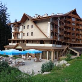 СЕПТЕМВРИЙСКИ ПРАЗНИЦИ  в Боровец - хотел Айсберг****! Нощувка със закуска  + вътрешен басейн с джакузи, фитнес и сауна !!!
