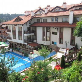 почивка с топла минерална вода в село Баня - хотел Аквилон! Нощувка със закуска и вечеря + вътрешен и външен минерален басейн + сауна и парна баня!!!